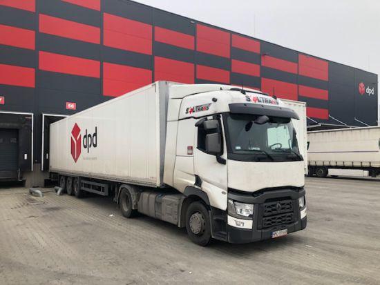 ciężarówka dpd oklejona firma soltrans